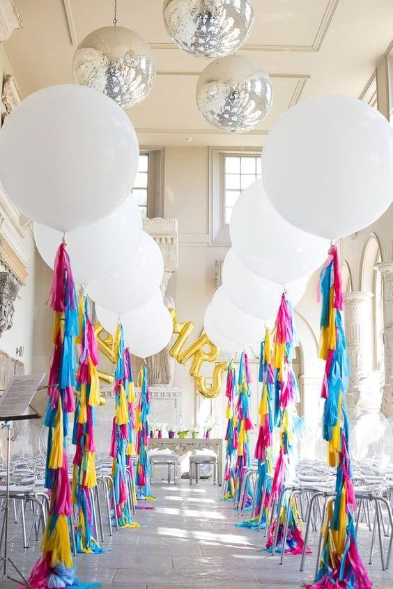 Balloon-wedding-decor